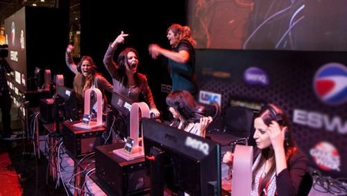 Gambling startup Unikrn bets on elite, all-female eSports team
