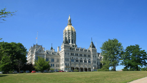 Connecticut bill could block tribe's commercial casino