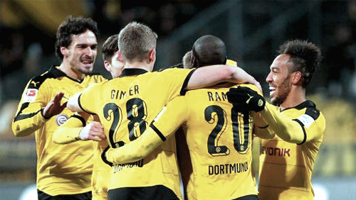 Europa League Round Up: Dominant Dortmund; Useless United