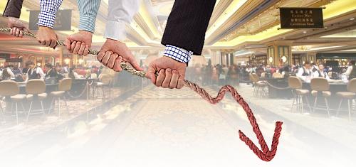 macau-casino-revenue-decline-slows