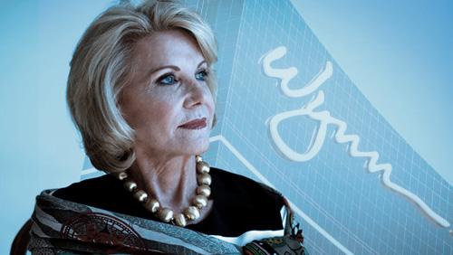 Wynns' War of Roses continues: Elaine Wynn wants Wynn Resorts exec to explain her board ouster