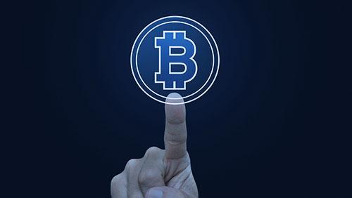 Bitcoin isn't real money, says Miami economist