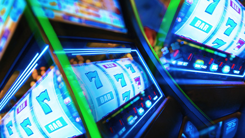 Why Slot Developers Should Stick to Cherries, Sevens and Bars