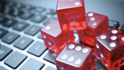 17 Koreans fall as Philippines cracks a whip on illegal online gambling