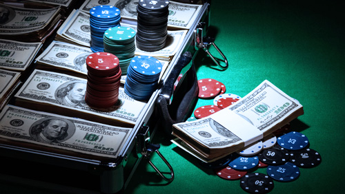 WSOP Review: Allen Le Wins Gold; Bonomo Leads PPC Crowd Going Into The Penultimate Day
