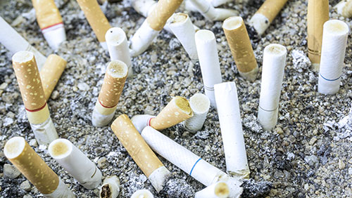Applications for Macau casino smoking lounges pile up