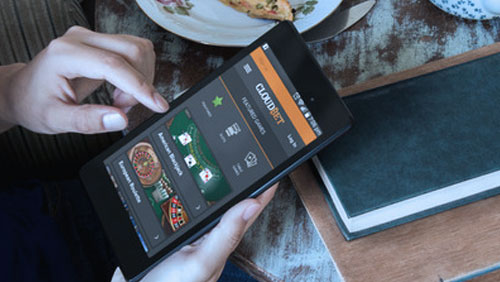 Cloudbet Launches Live Mobile Casino – The Best Way to Bet on the Go