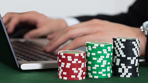 What do the customers of online poker rooms need and want?