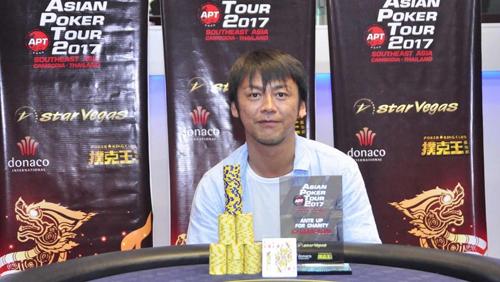 China's Hailong Huang rules the Head Hunter; Japan's Jun Saito wins the Charity event