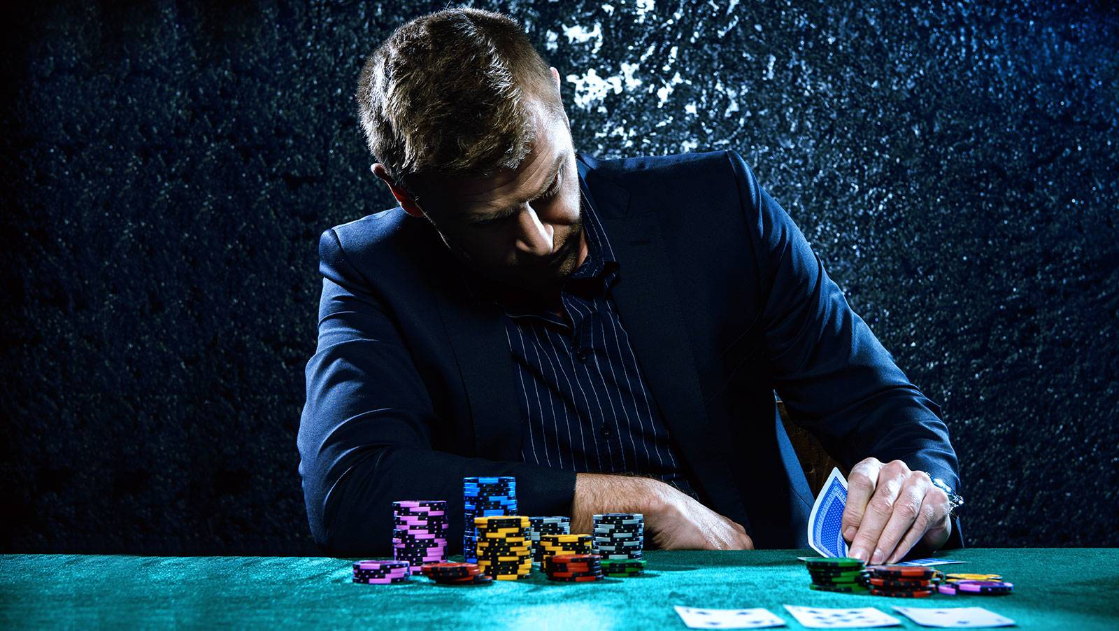 Casinos of Chile see drop in revenues for May