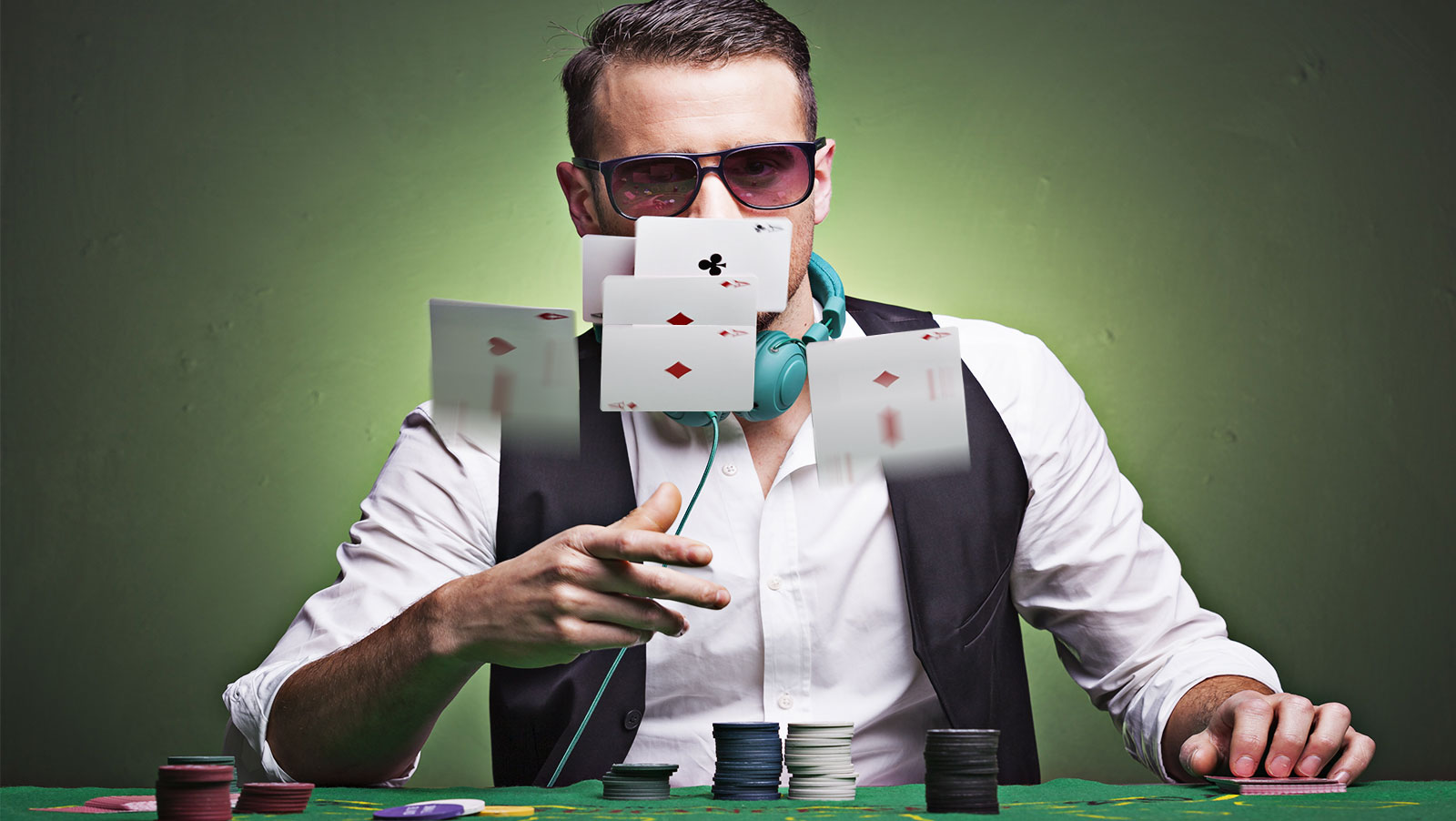 Copycat poker: Why poker players are slowing down