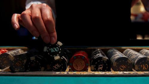 Cash-strapped Kentucky takes another look at legalizing casinos