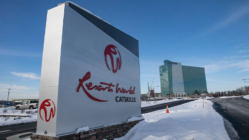 New York's largest poker room opens in Resorts World Catskills