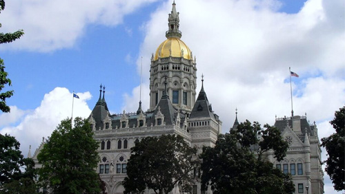 Connecticut lawmakers, Indian tribes lock horns over sports betting control
