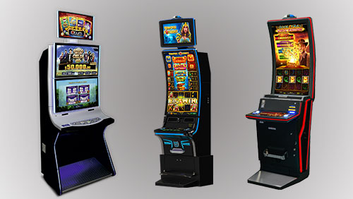 NOVOMATIC previews new Curve cabinets at Juegos Miami