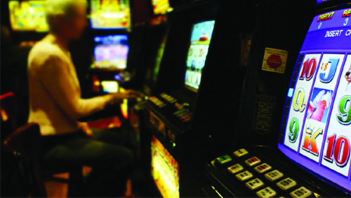 Aussie municipal councils back pokie bet curbs in Victoria