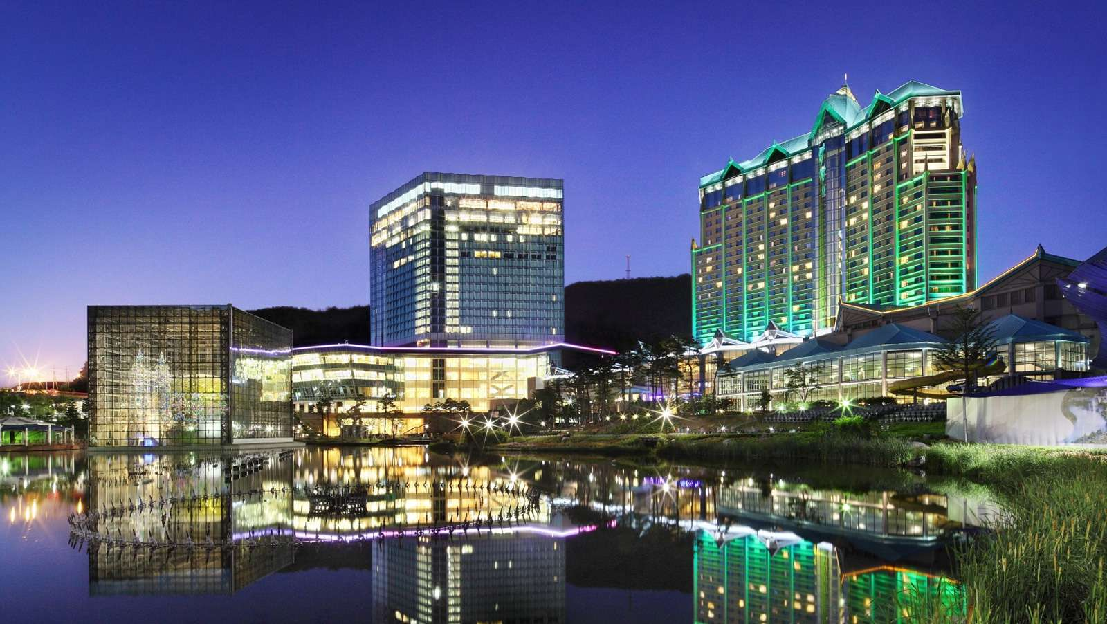 Kangwon Land sees Q2 profits fall 14%