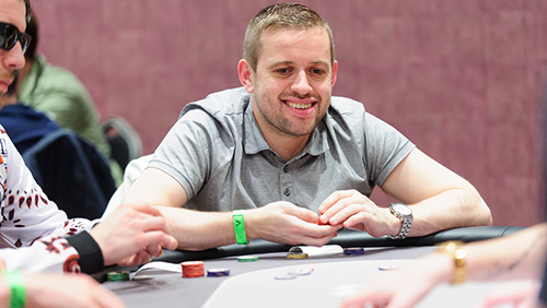 Kenny Hallaert Joins No-Limit Gaming; Matt Staples Joins Team RunItUp