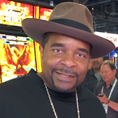 Sir Mix-a-Lot brings 'Baby Got Back' to slot machines