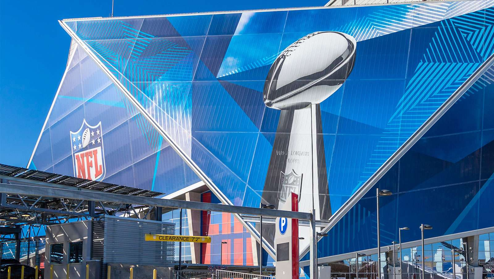 MGM, Super Bowl indicators show the boom ain't over yet
