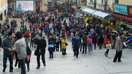 Macau legislator wants to cap tourism - CalvinAyre.com a1f8d1690fc