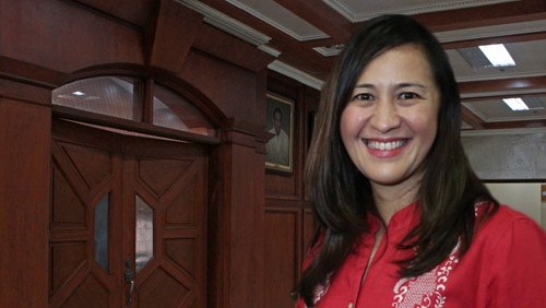 Quezon City vice mayor gets tough on locals gambling
