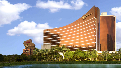 wynn-resorts-makes-a-play-for-crown-resorts