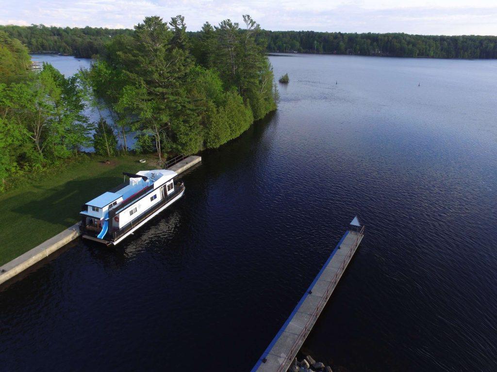 adventures-io-launches-affiliate-mastermind-houseboating-retreat3