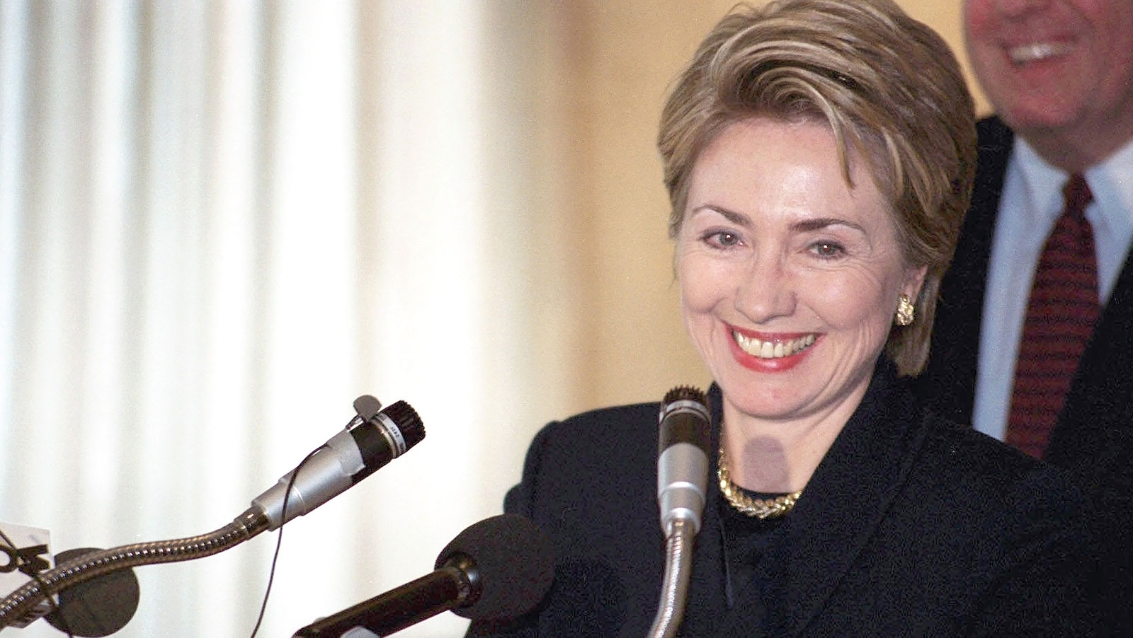 hillary-clinton-predicted-to-win-2020-presidential-race-despite-not-running