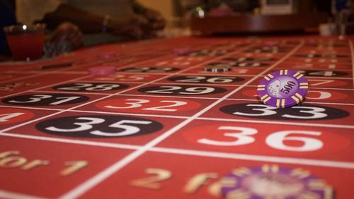 "Casino patron's bomb threats were ""misunderstood,"" asserts lawyer"