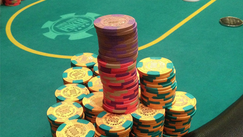 man-busted-after-stealing-17000-in-casino-chips-thumb