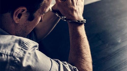 彼得·杰普森被判处30个月的监狱服刑期
