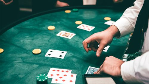 seven-ways-any-poker-beginner-can-get-better-at-post-flop-play