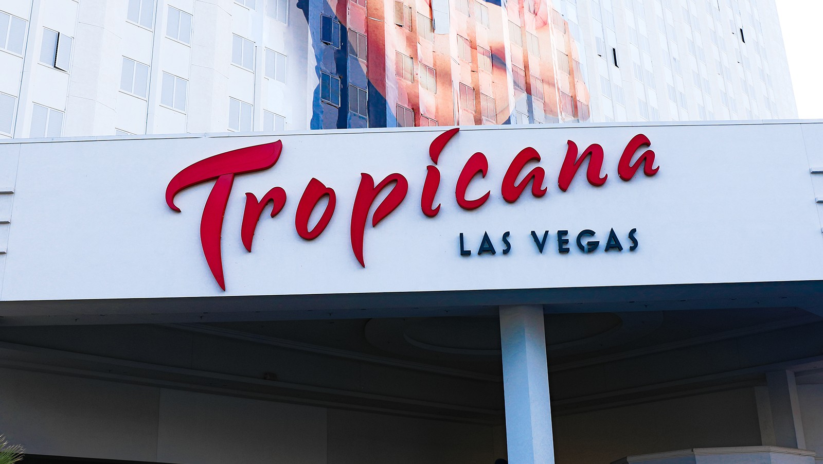 tropicana-could-become-the-first-vegas-property-of-2020-to-be-sold