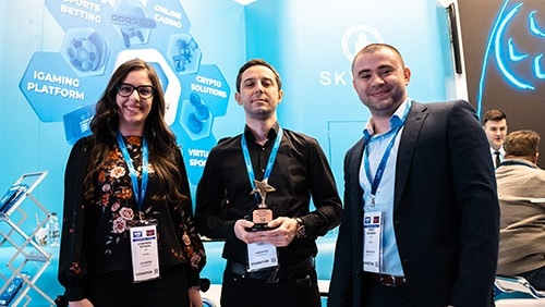 ultraplay-brings-two-awards-after-ice-london