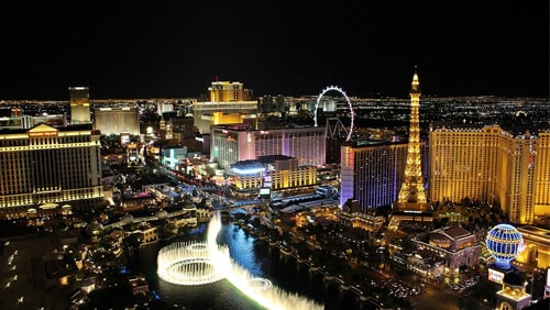 las-vegas-steps-up-cleaning-efforts-to-avoid-coronavirus-infections