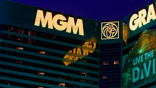 mgm-resorts-calls-off-share-buyback-plan