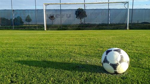 sancho-beats-rashford-as-footballs-staying-home-tournament-reaches-quarter-finals