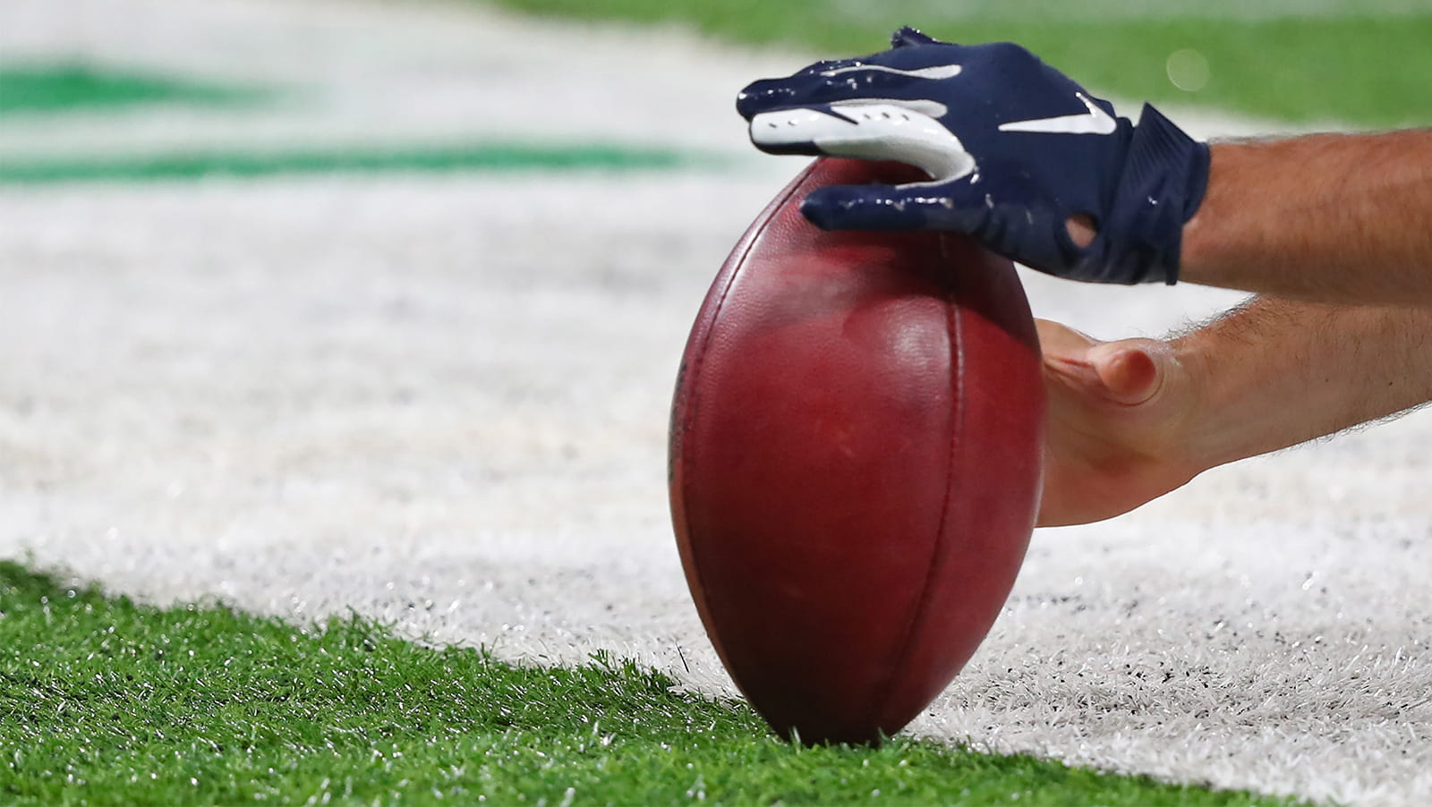 what-happened-to-the-last-10-superbowl-pre-season-favourites-min