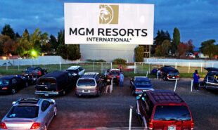 mgm-resorts-casinos-drive-in-traffic