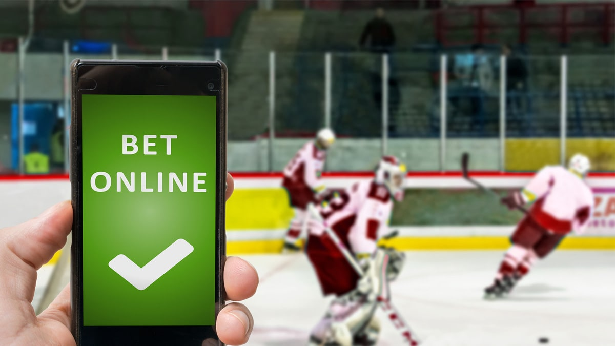 some-nevada-sportsbooks-get-generous-with-nhl-gamblers