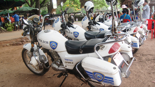 cambodia-police-on-the-hunt-for-online-gambling-operators