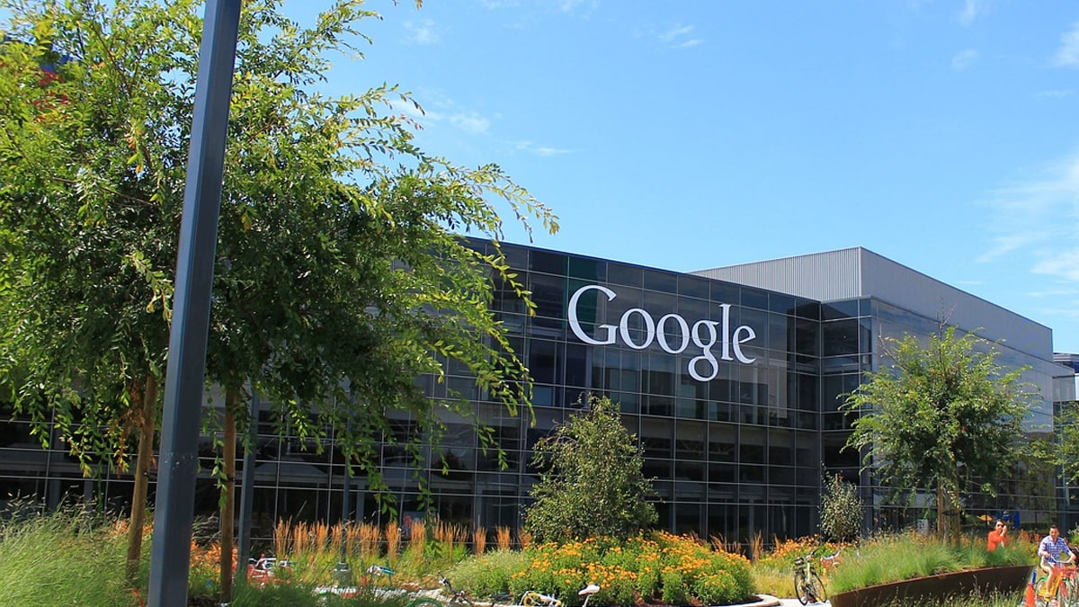 google-is-giving-its-employees-1000-to-work-from-home