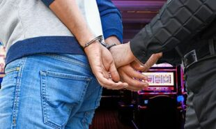 Thief-conducts-elaborate-casino-scam-finally-gets-busted