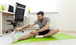Home-office-fitness-stay-in-shape-while-working-from-home