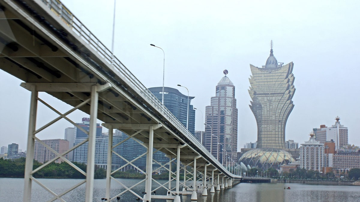 macau-eases-visa-restrictions-for-guangdong-casino-stocks-rebound