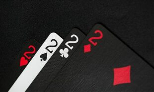 Mattos-Leads-WCOOP-Main-Event-After-Dramatic-Opening-Day