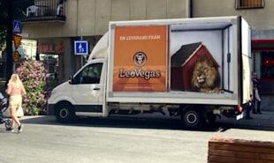 leovegas-sweden-online-casino-gambling-advertising-stockholm-trucks