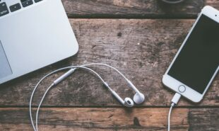 the-top-10-podcasts-you-should-be-listening-to