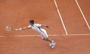 Djokovic-slight-favourite-as-French-Open-reaches-quarter-finals